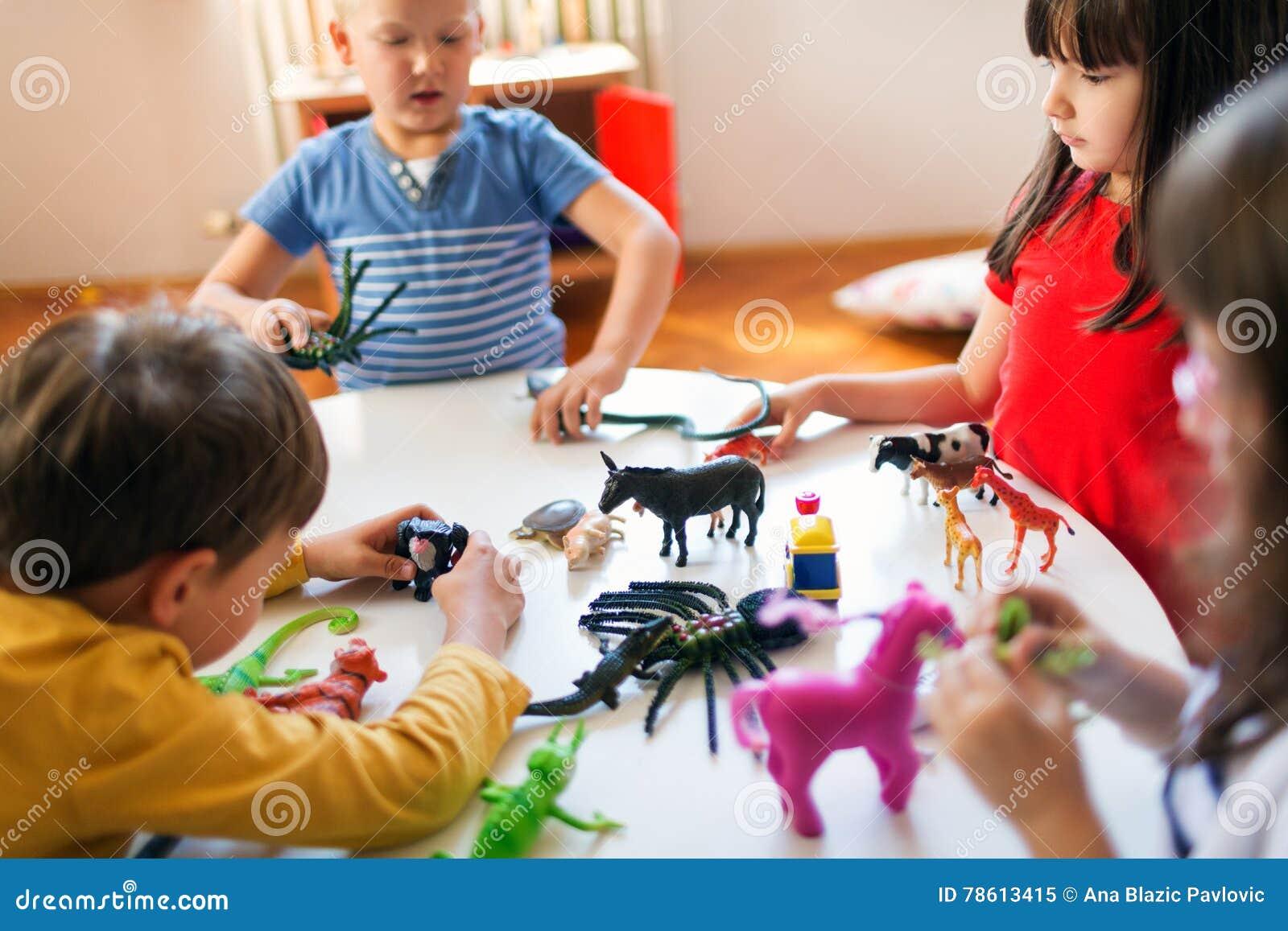 Spaßspiel im Kindergarten