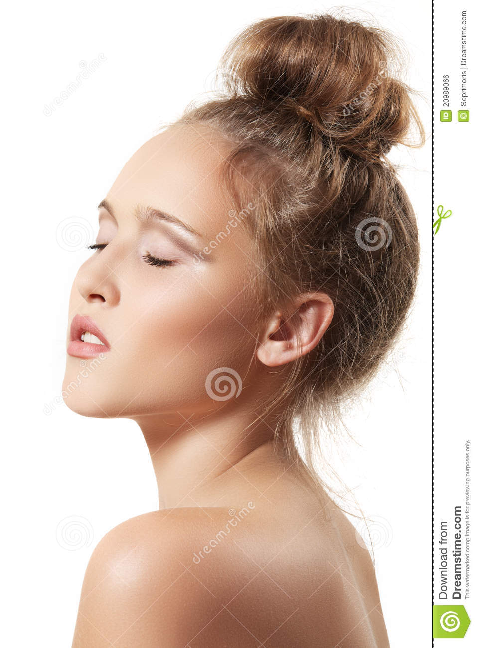 spa beauty model with clean skin and bun hairstyle royalty free stock image image 20989066. Black Bedroom Furniture Sets. Home Design Ideas