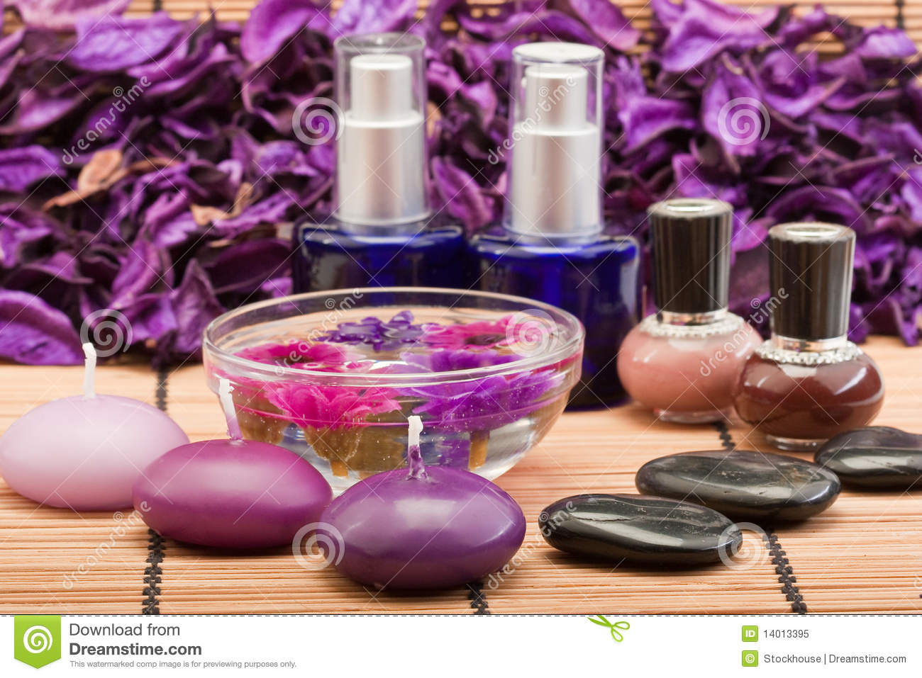 Spa beauty products royalty free stock photo image 14013395 for Beauty spa equipment