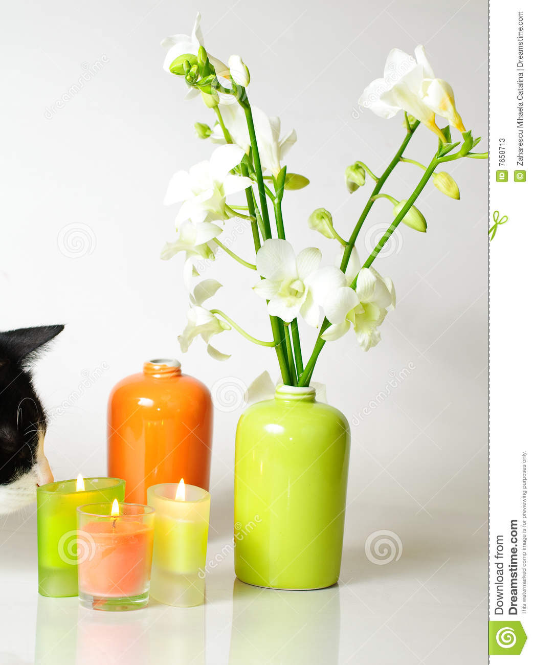 Spa decorations stock photos image 7658713 for Spa smelling candles
