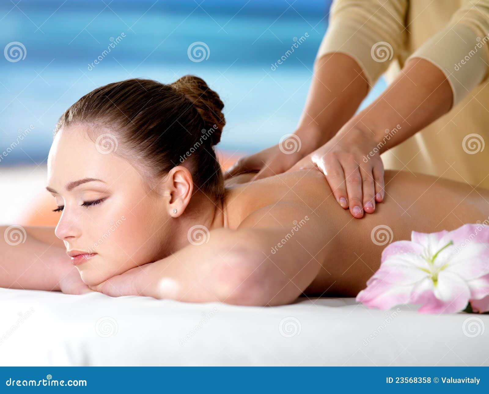 Самые красивые массажистки 9 фотография