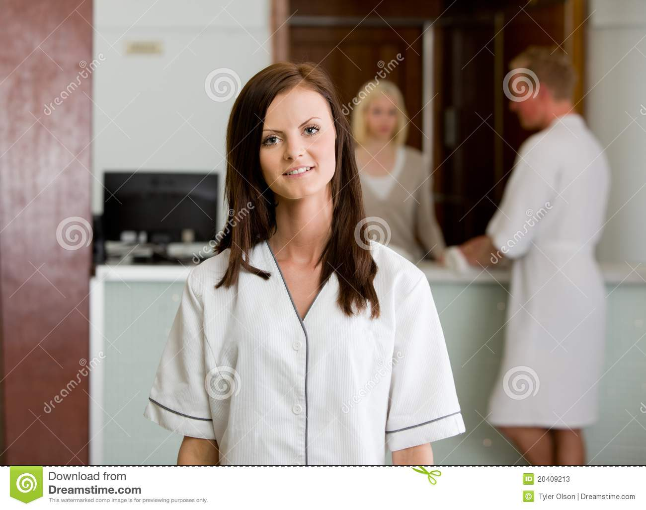 Spa therapist in uniform stock image image of attractive for Spa uniform europe