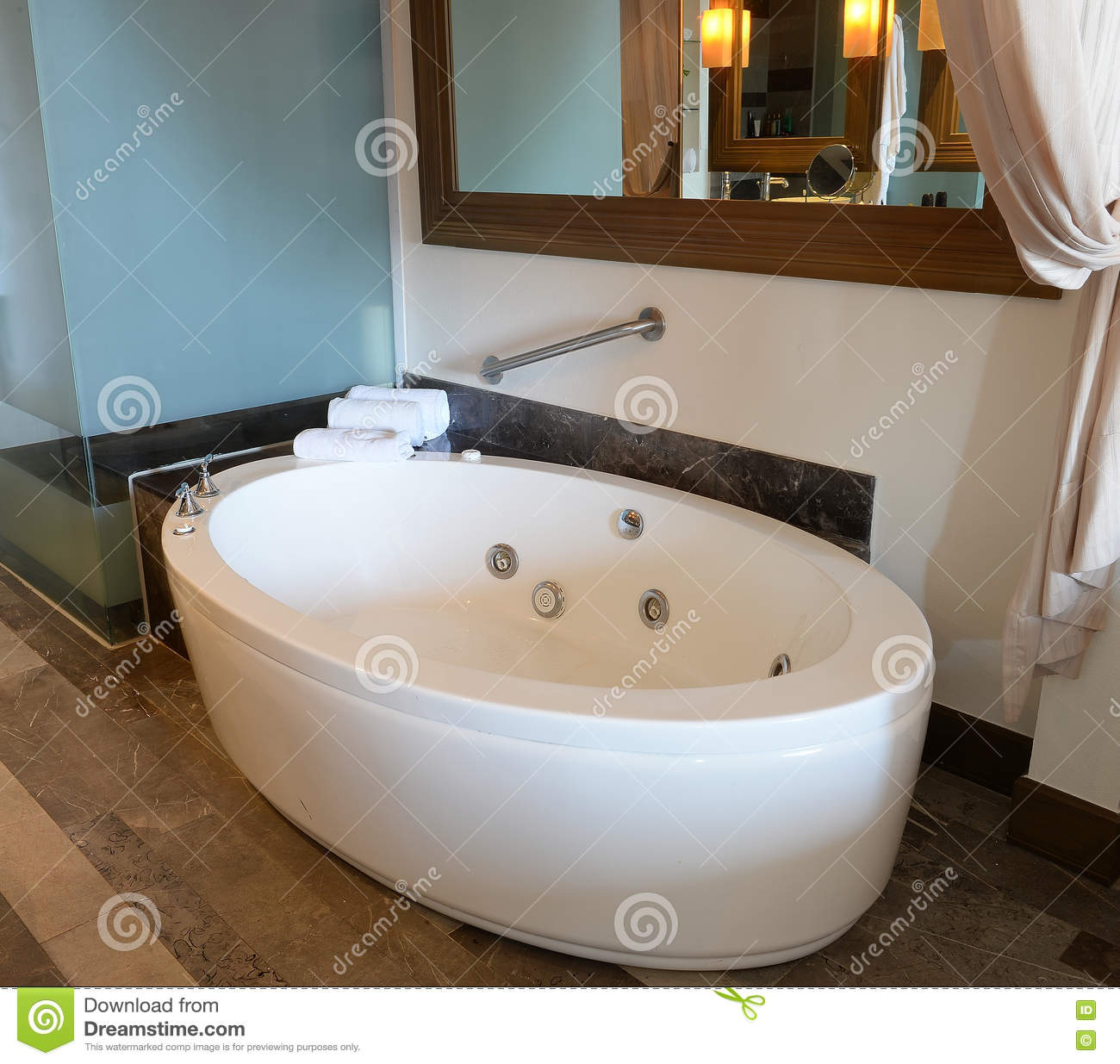 Spa Tub In Bathroom Stock Image Image Of Floor Vacant