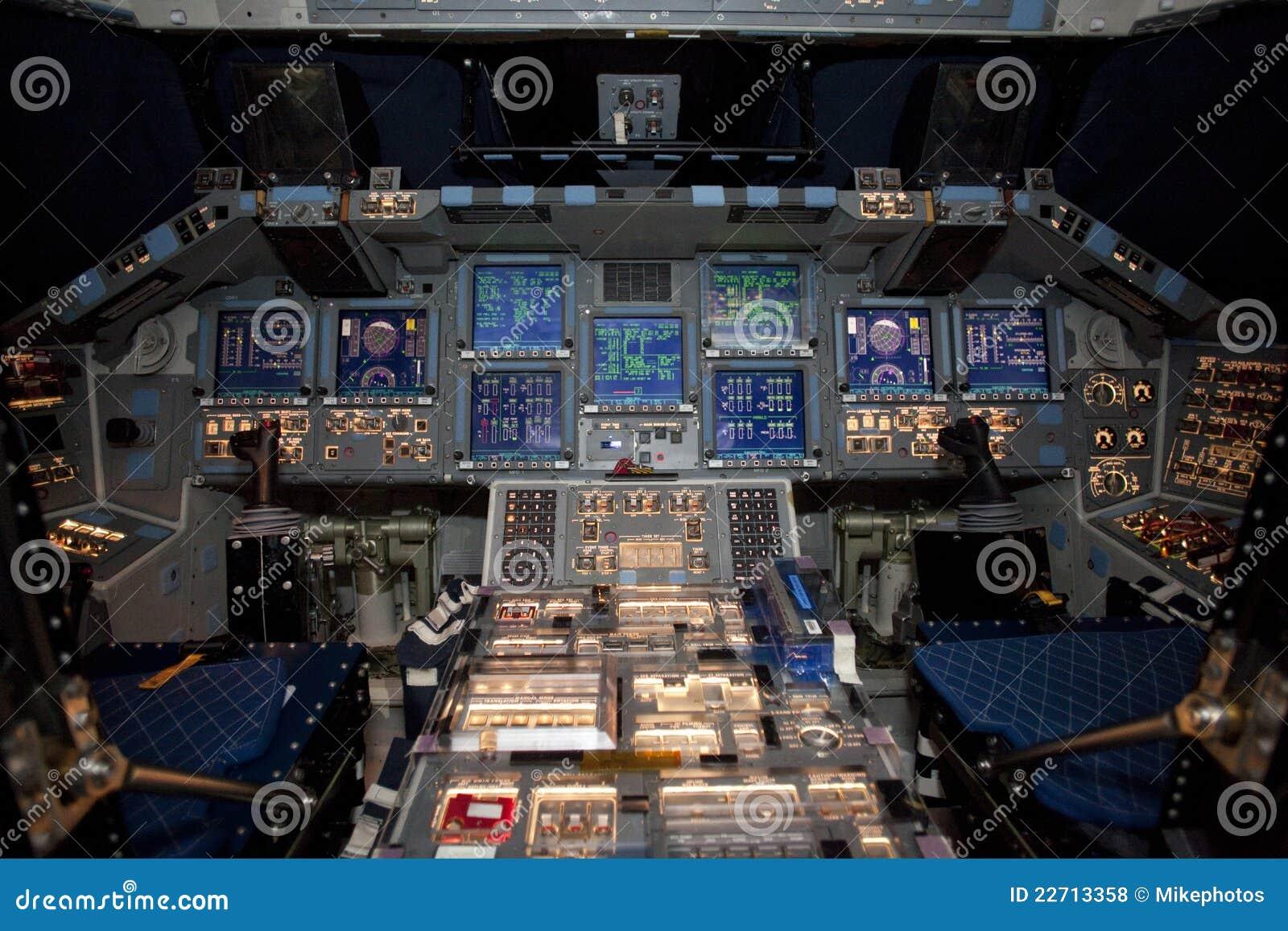Space Shuttle Atlantis Editorial Stock Photo - Image: 22713358