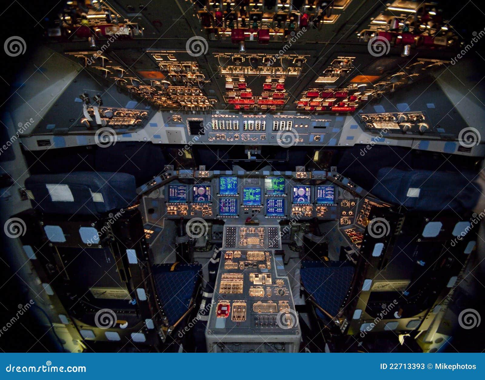 Space Shuttle Atlantis Editorial Stock Photo - Image: 22713393