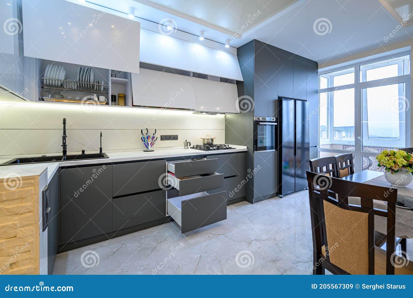 Luxury White And Dark Grey Modern Kitchen Interior Stock Image Image Of Facade Bright 205567309