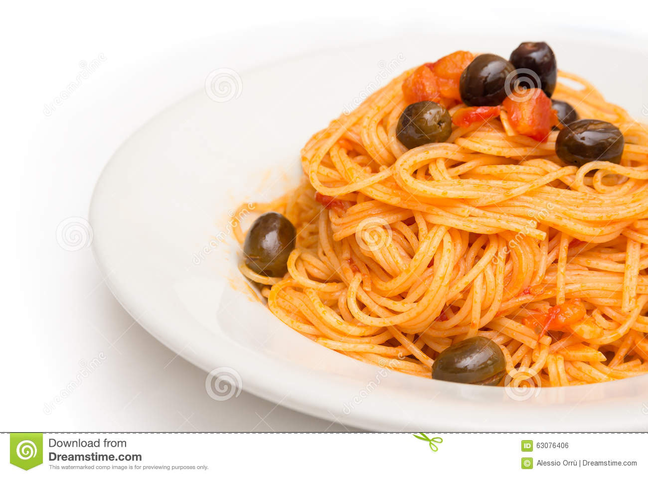 Download Spaghetti Avec De La Sauce à Agropiccante Photo stock - Image du chef, nourriture: 63076406