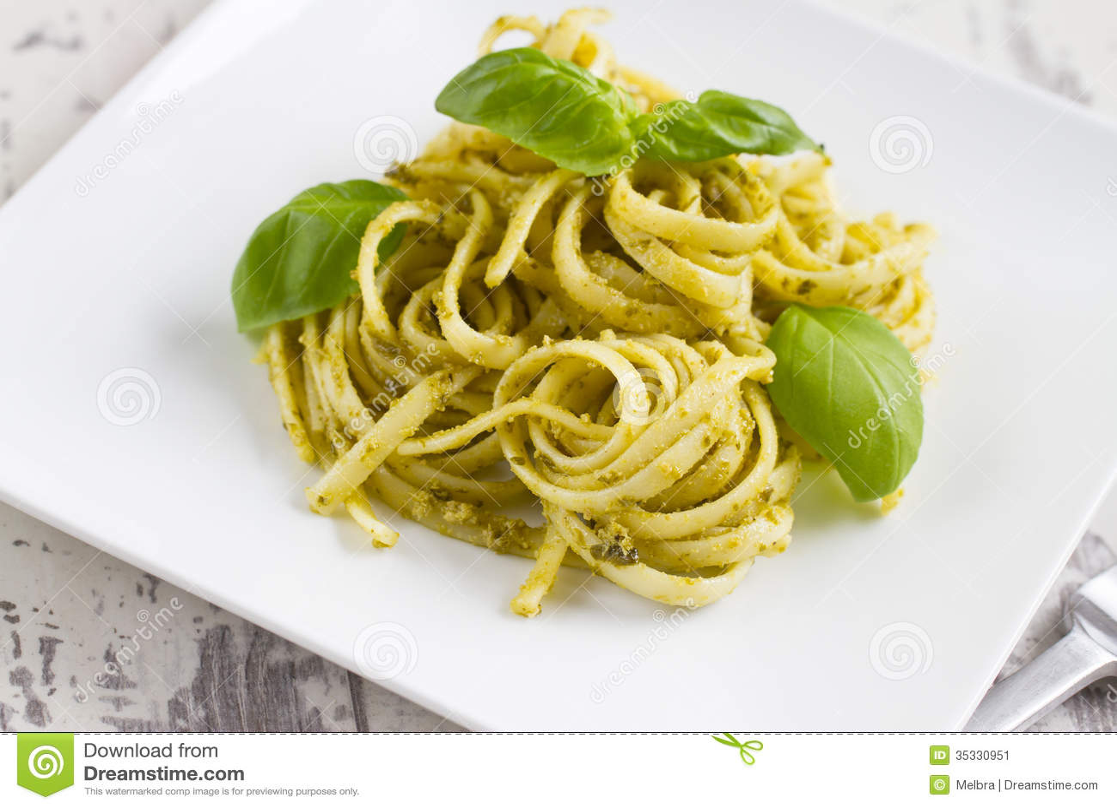 Spaghetti With Pesto And Basil Stock Image - Image: 35330951