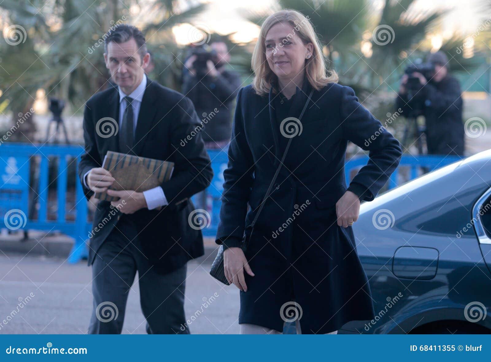 Spanien-Prinzessin Cristina, das zum legalen Gericht ankommt