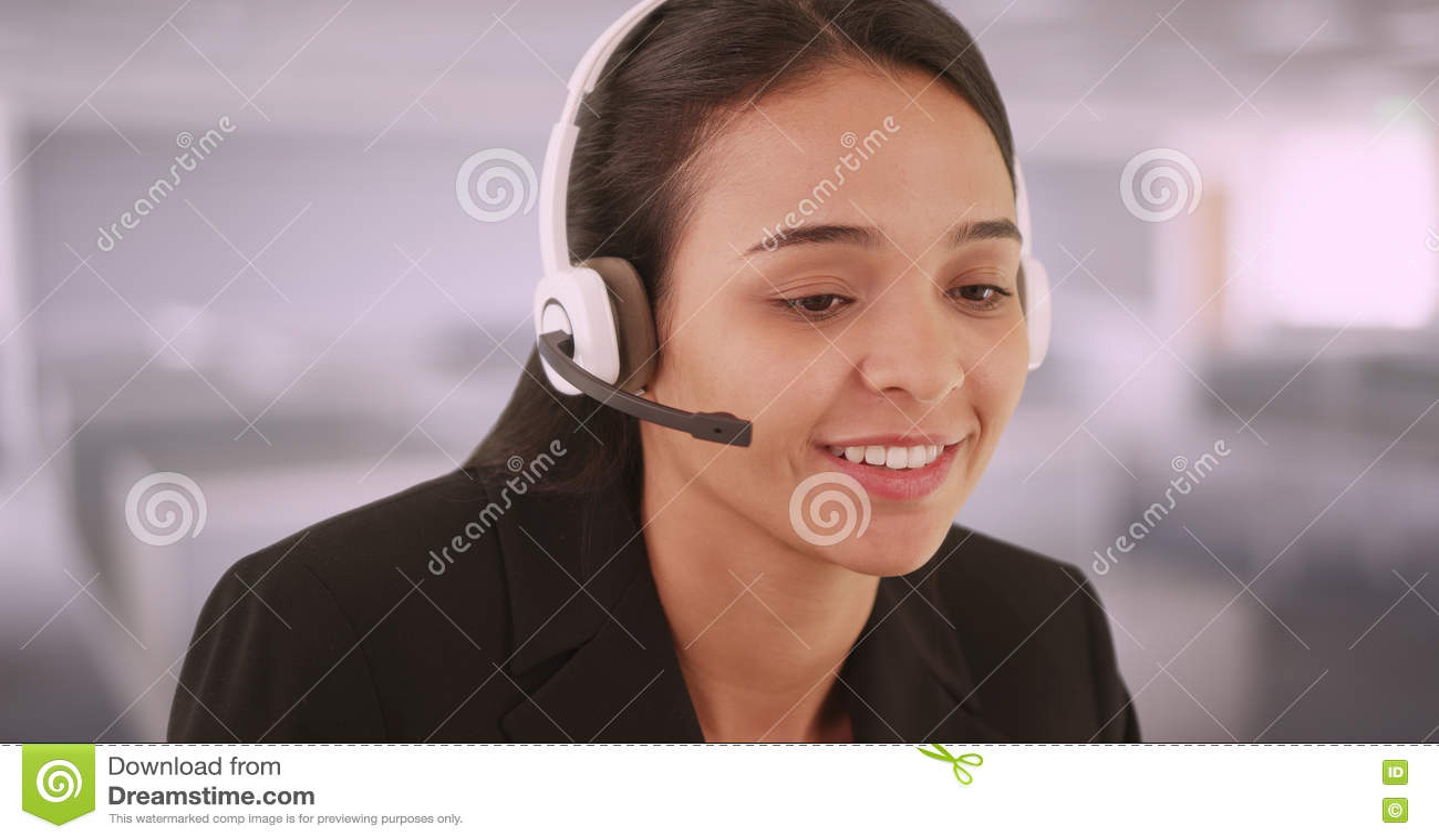 Spanisch sprechender Kundendienstmitarbeiter