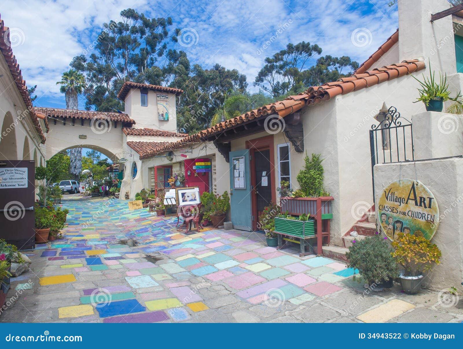 Spanische Dorfkunstmitte