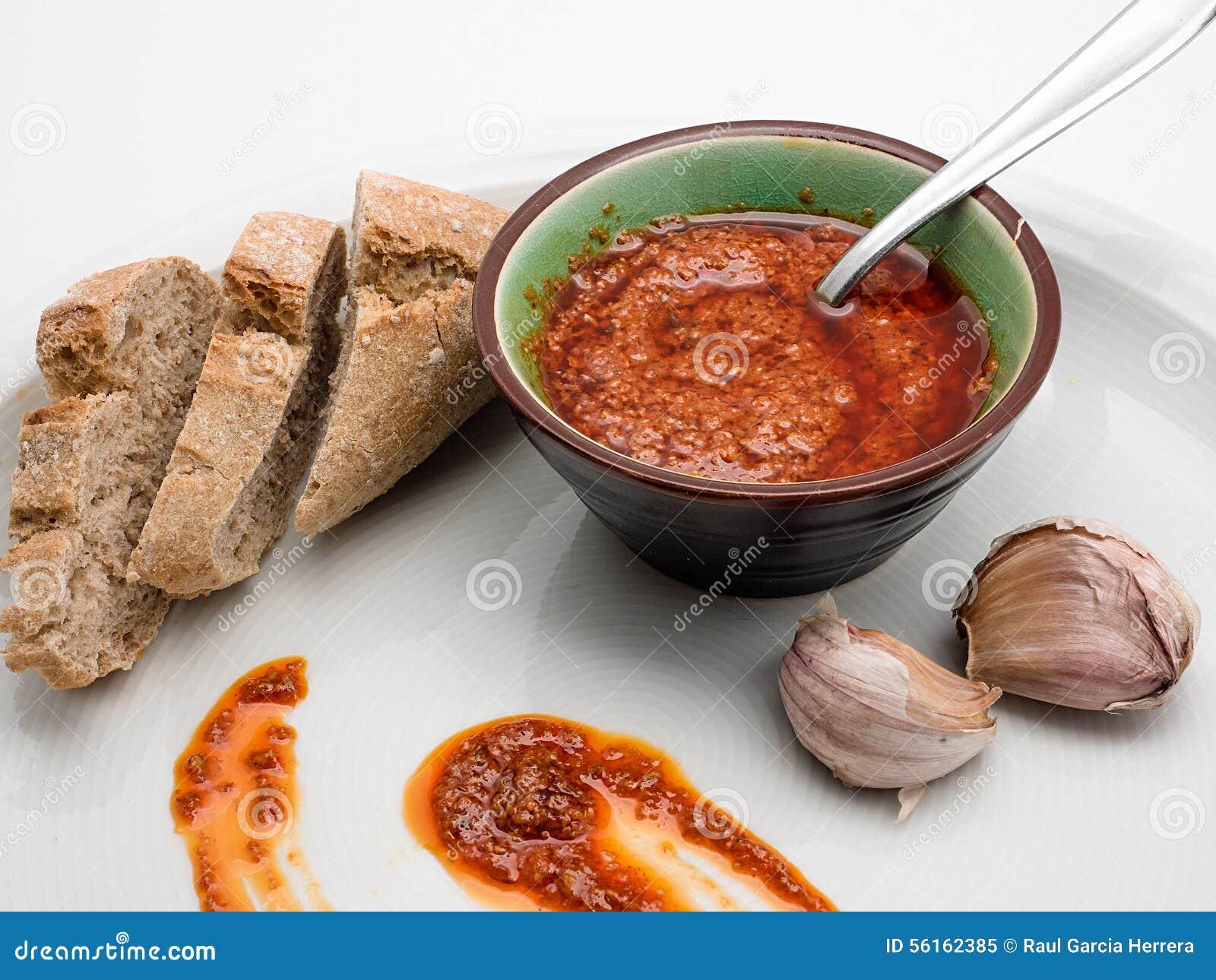 Spanische Küche Mojo Picon Sauce Von Den Kanarischen Inseln ...