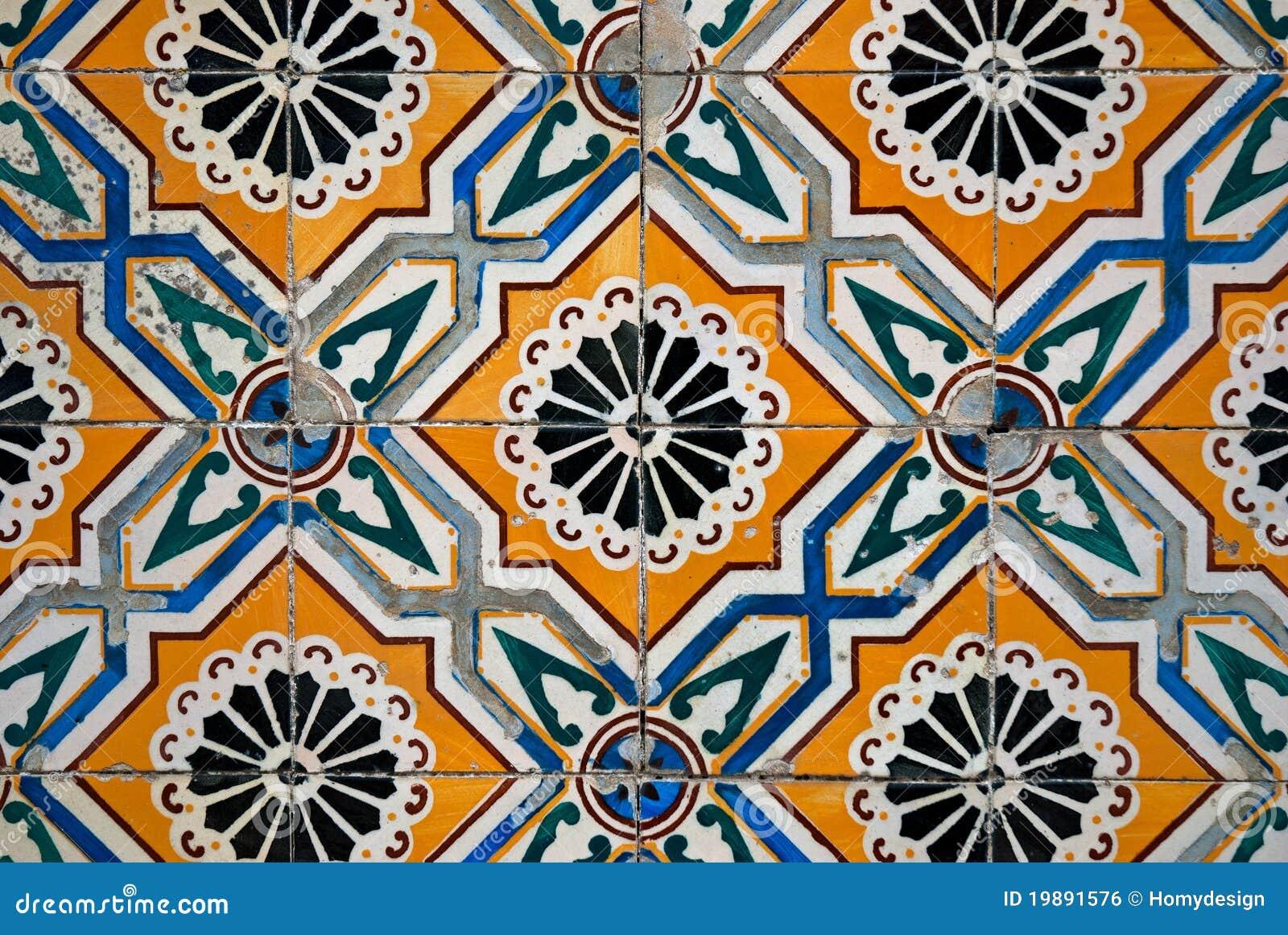 Spanish ceramiczny styl tafluje rocznika
