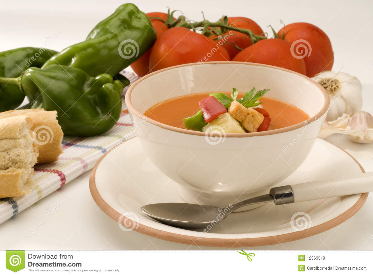 Spanish cuisine gazpacho andalusian cold soup for Andalusia cuisine