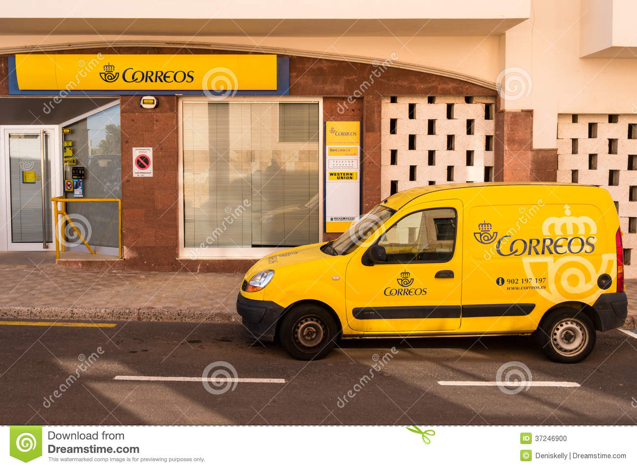 Spanish Post Office And Delivery Van Editorial Image - Image
