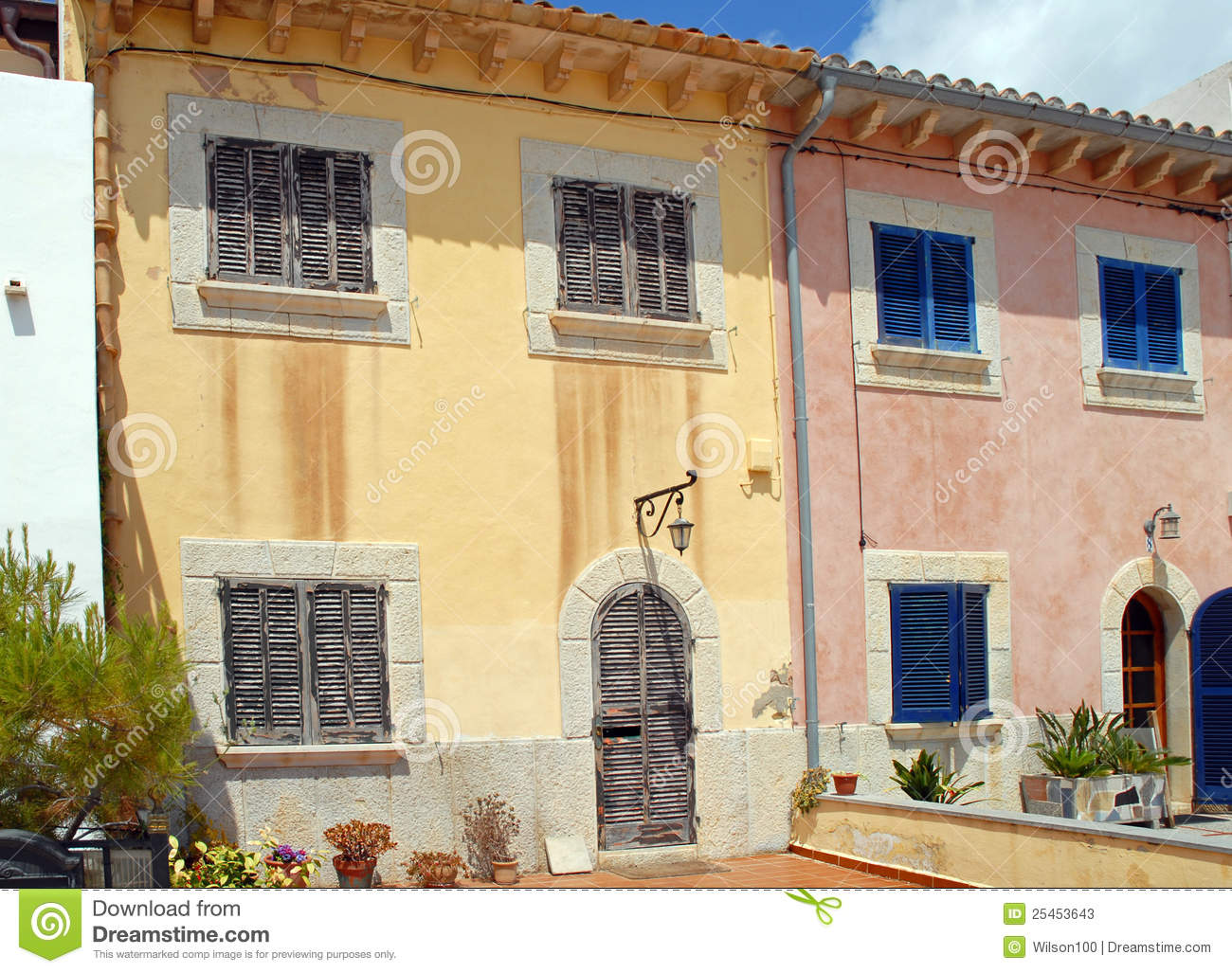 Spanish Town Houses In Majorca Stock Photos Image 25453643