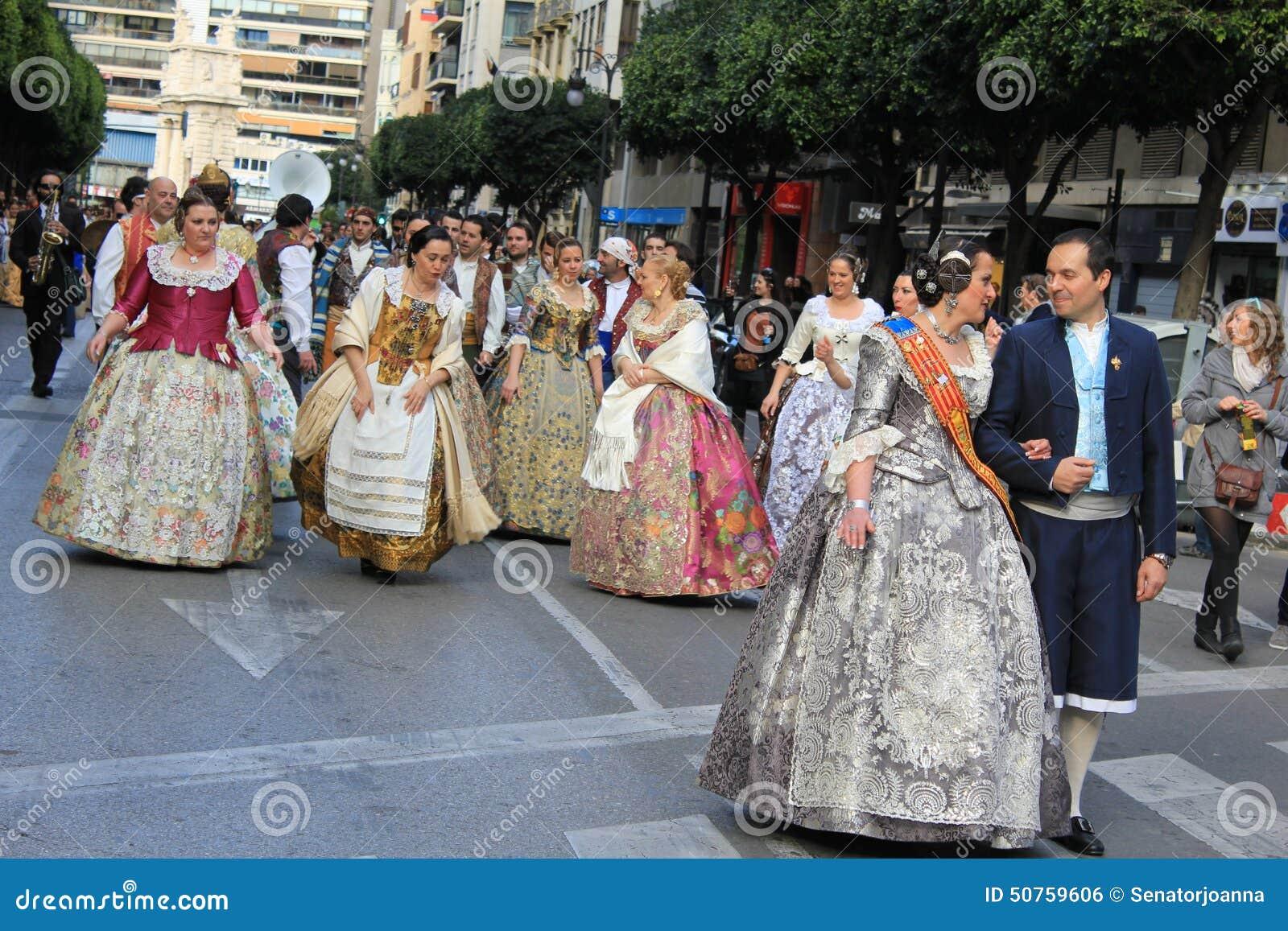 valencia single girls Meet thousands of beautiful single girls online seeking guys for dating, love, marriage in spain.