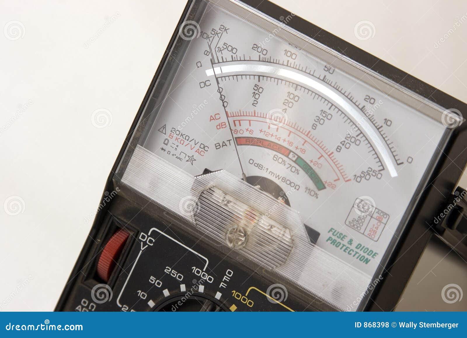 Spannungsmeßinstrument