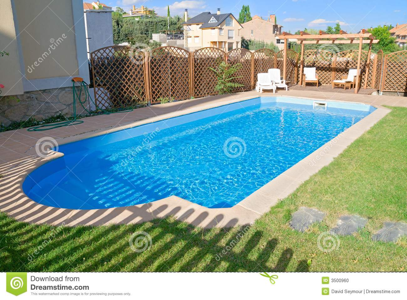 Sparkling Fresh Garden Pool Stock Photo Image 3500960