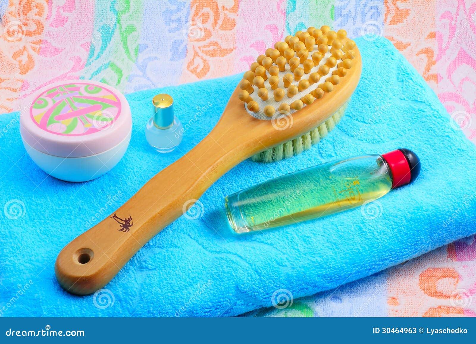 Spazzola di legno con una maniglia per il massaggio l for Programmi per progettare oggetti