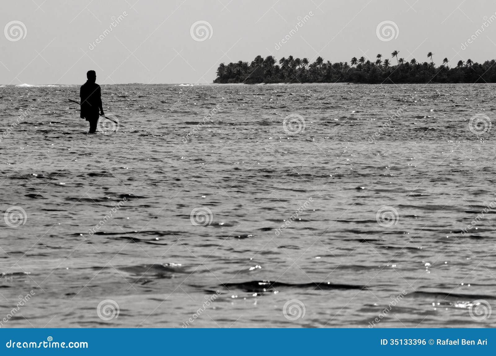 Spearfishing i den Aitutaki lagunkocken Islands