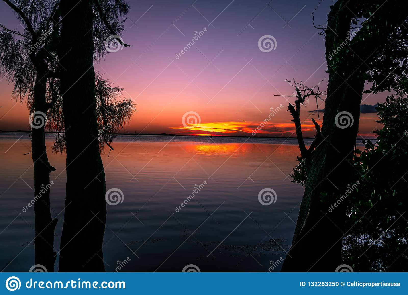 2f72d9c0c4eec A Spectacular Sunset On The Bay Stock Image - Image of spectacular ...