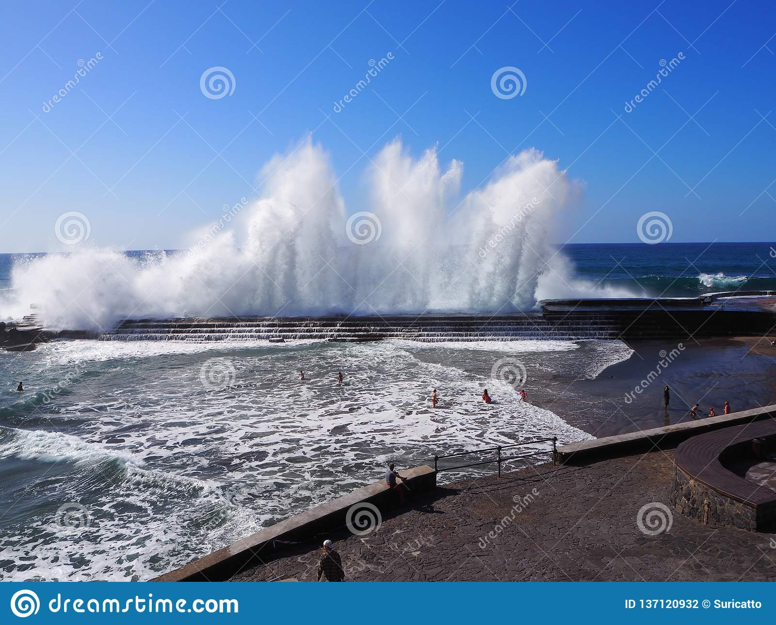 Spectacular waves breaking at Bajamar Tenerife