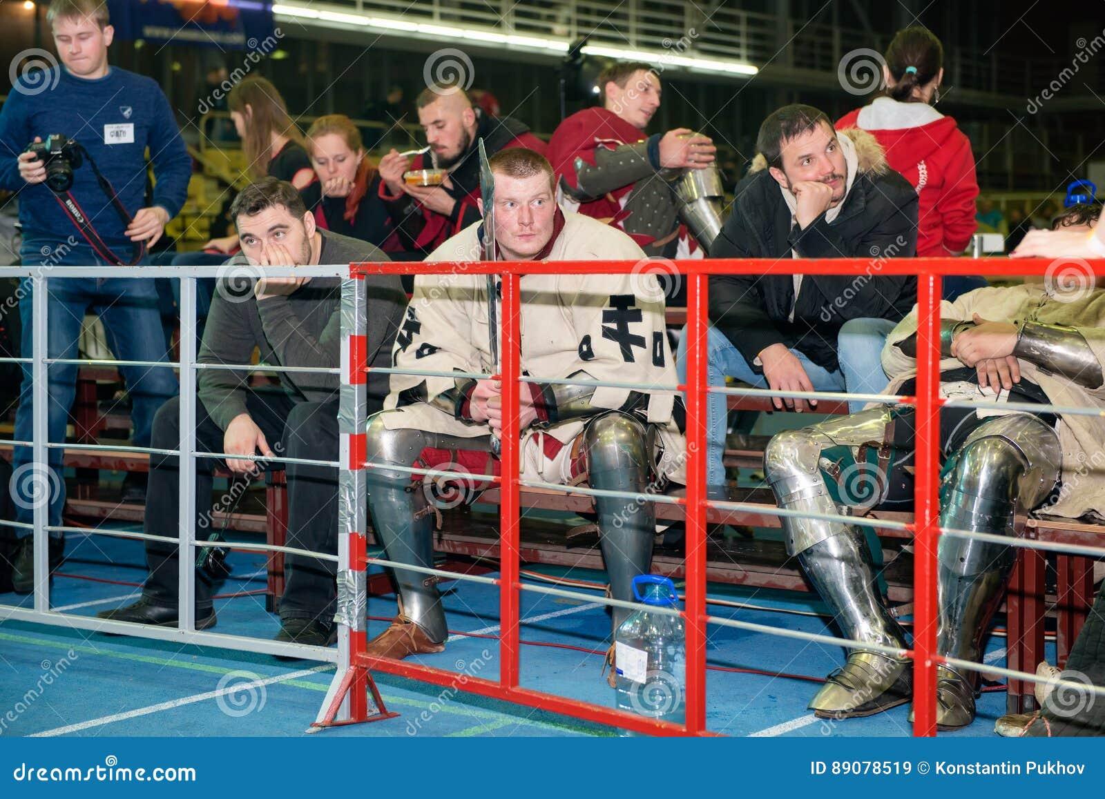 Spectators are also in armor