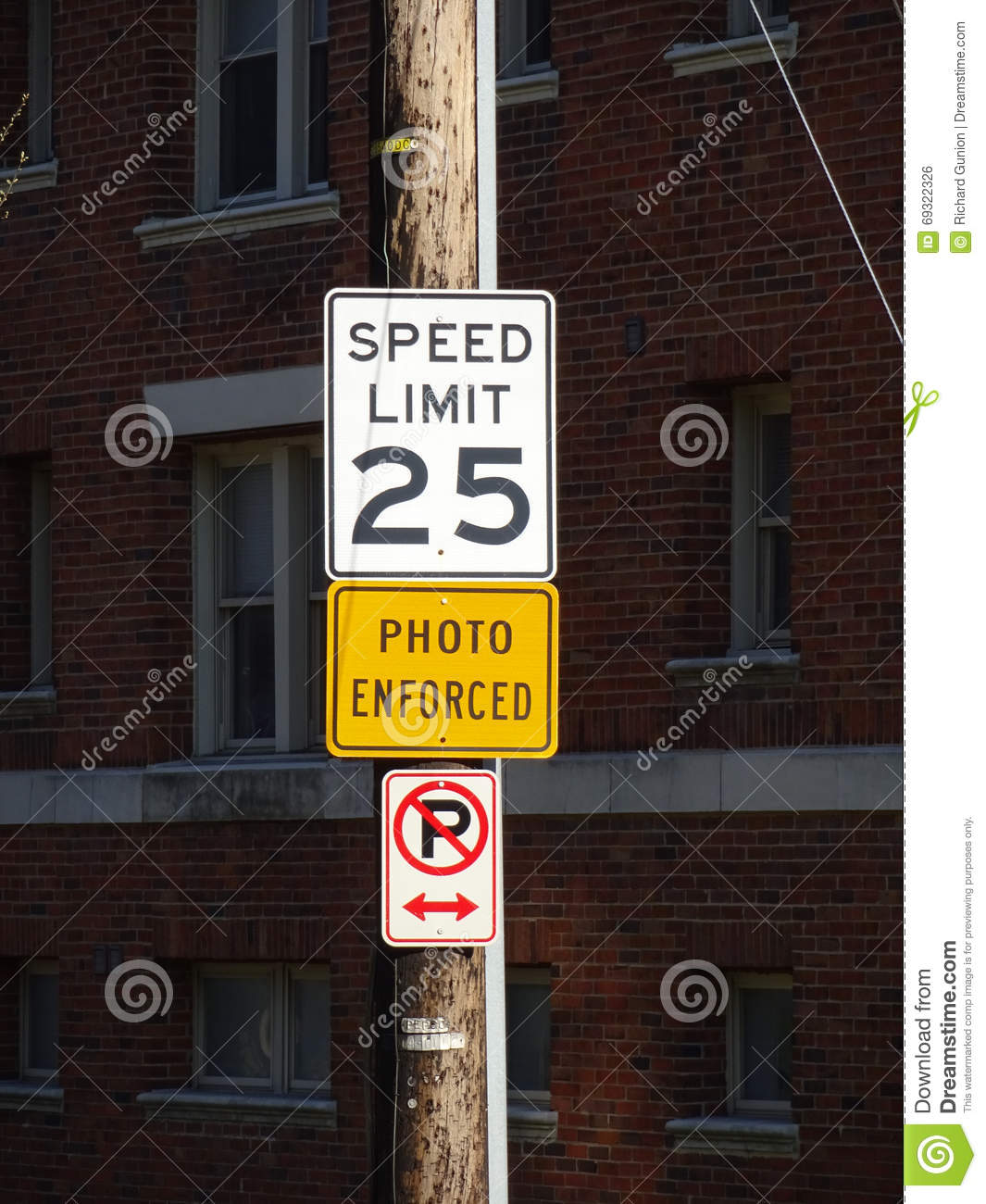Speed Limit Sign In The City Stock Photo - Image of signs