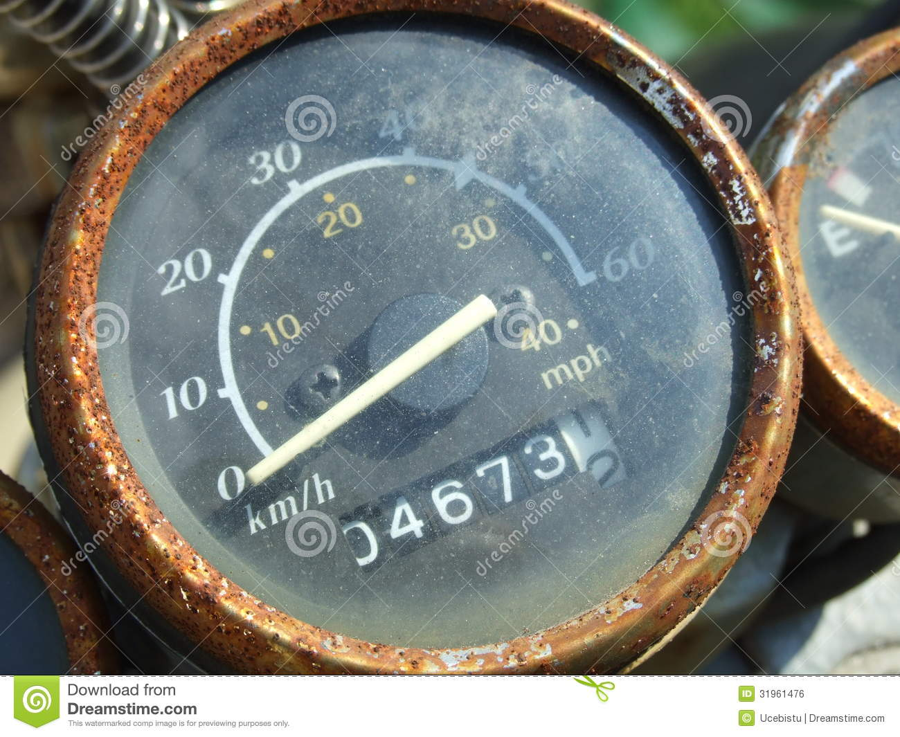 how to hook up a speedometer on a moped Gear/ throttle cable replacement remove the speedometer by undoing the center of three bolts when one person holds the cable at the headset straight up in.