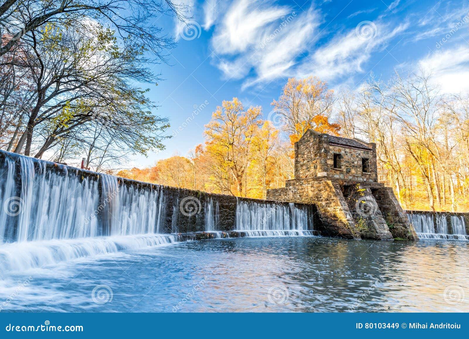 Speedwell dam waterfall