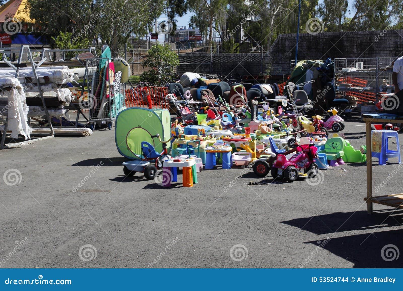 Speelgoed bij de recyclingswinkel