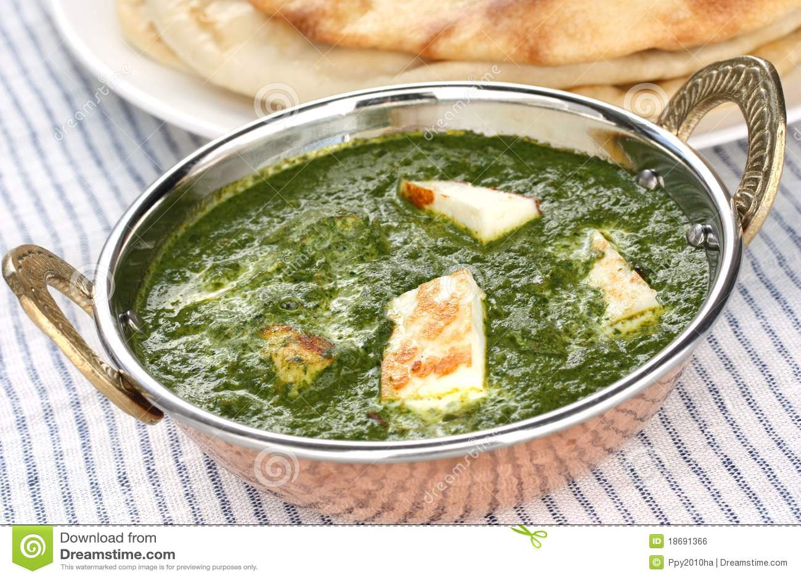 Spenat för paneer för palak för ostcurry f indisk