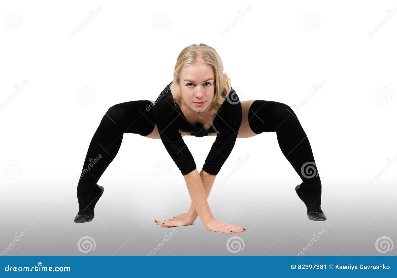Spenslig dans för ung kvinna
