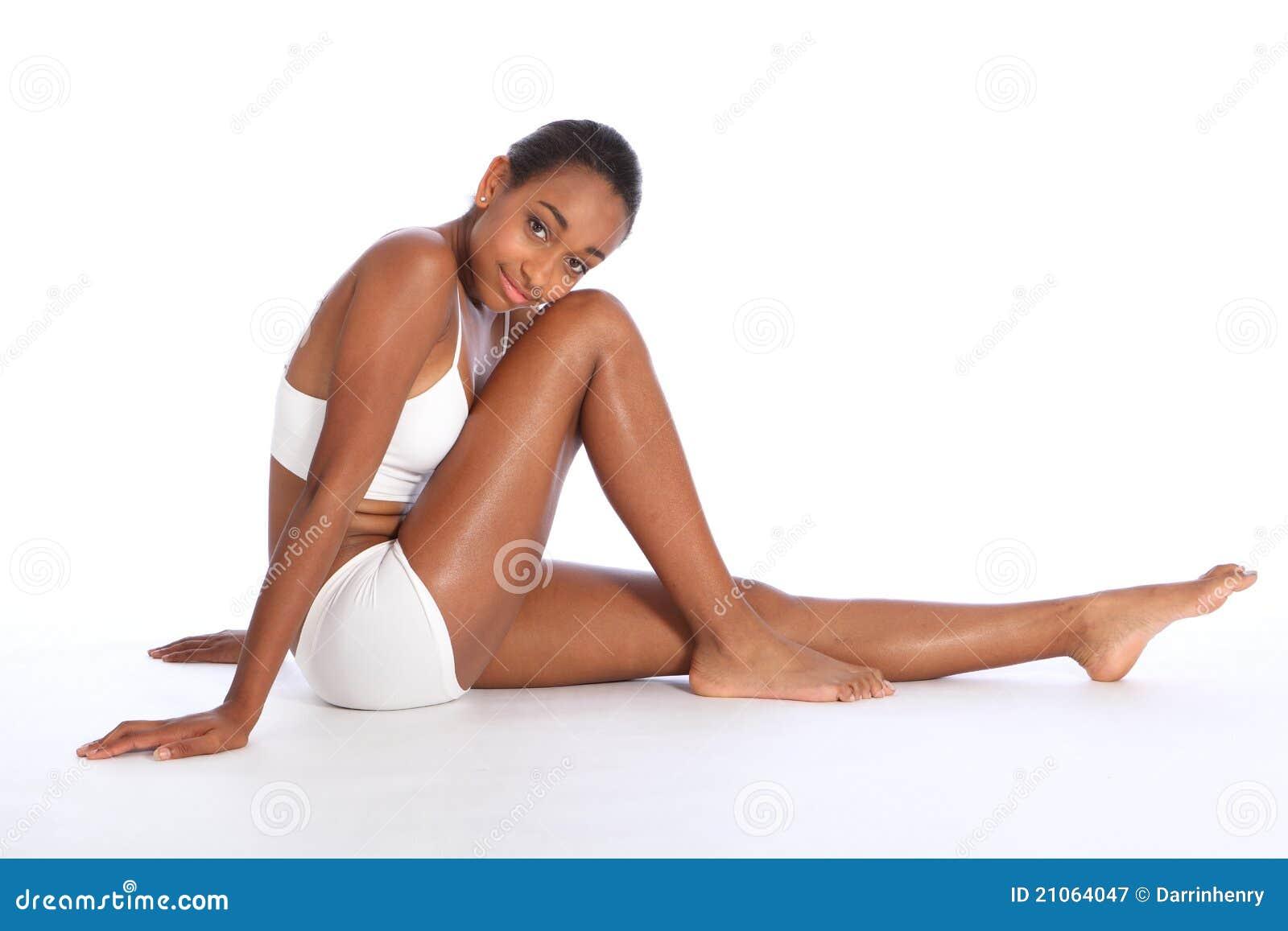 Spenslig huvuddel för härlig afrikansk amerikankvinna