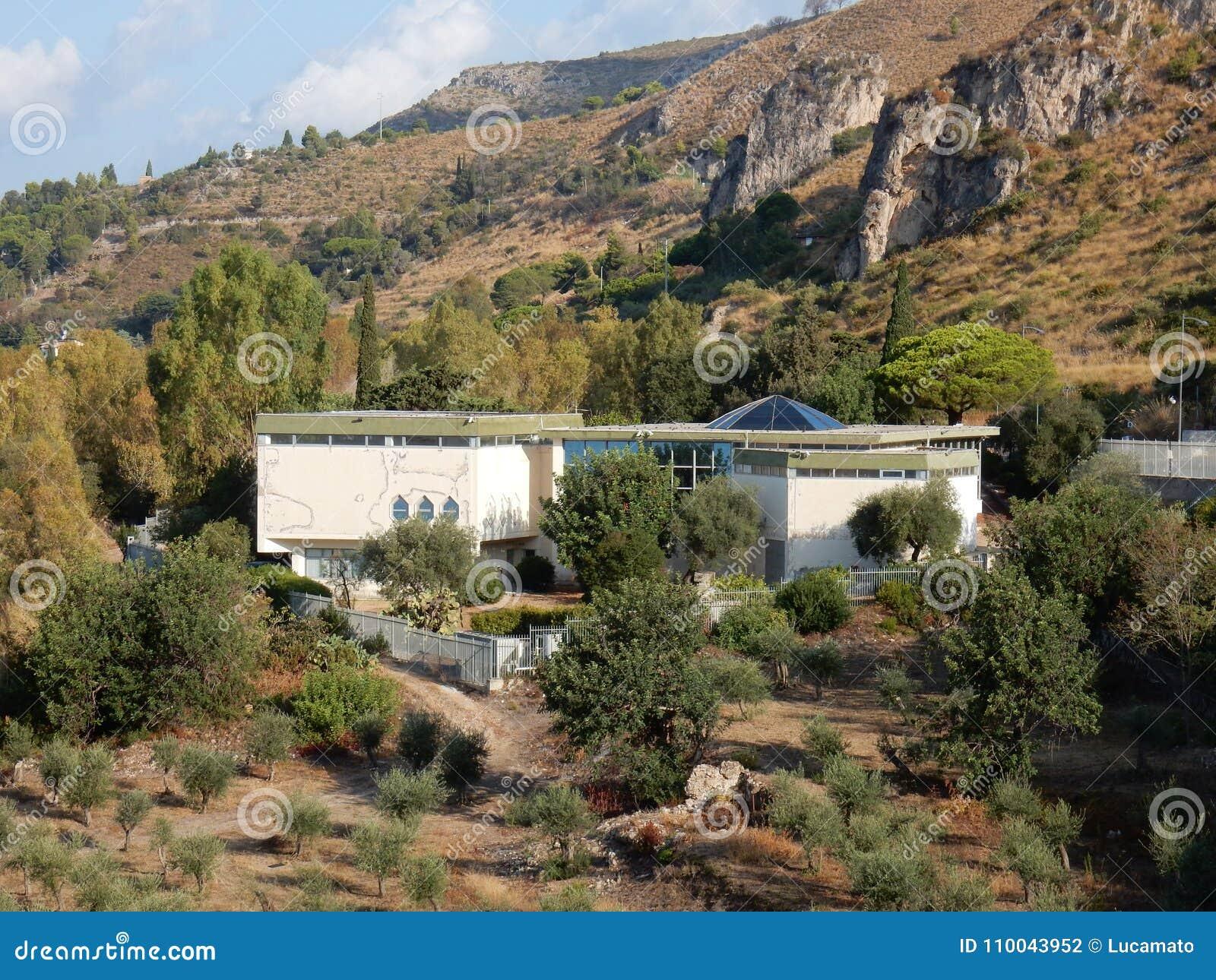 Sperlonga - Archeologiczny muzeum od Ulysses śladu