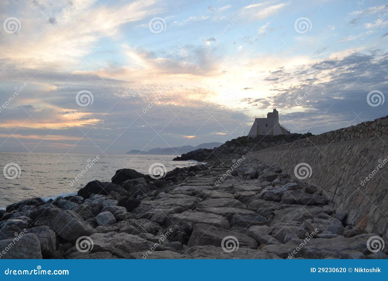 Download Sperlonga_Italy foto de stock. Imagem de seashore, italy - 29230620