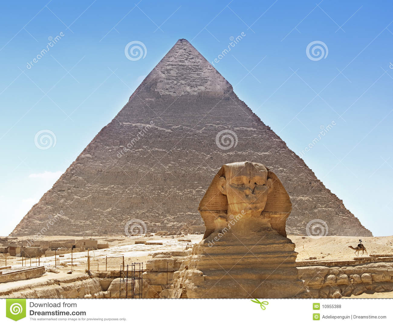 Sphinx et pyramide, Egypte