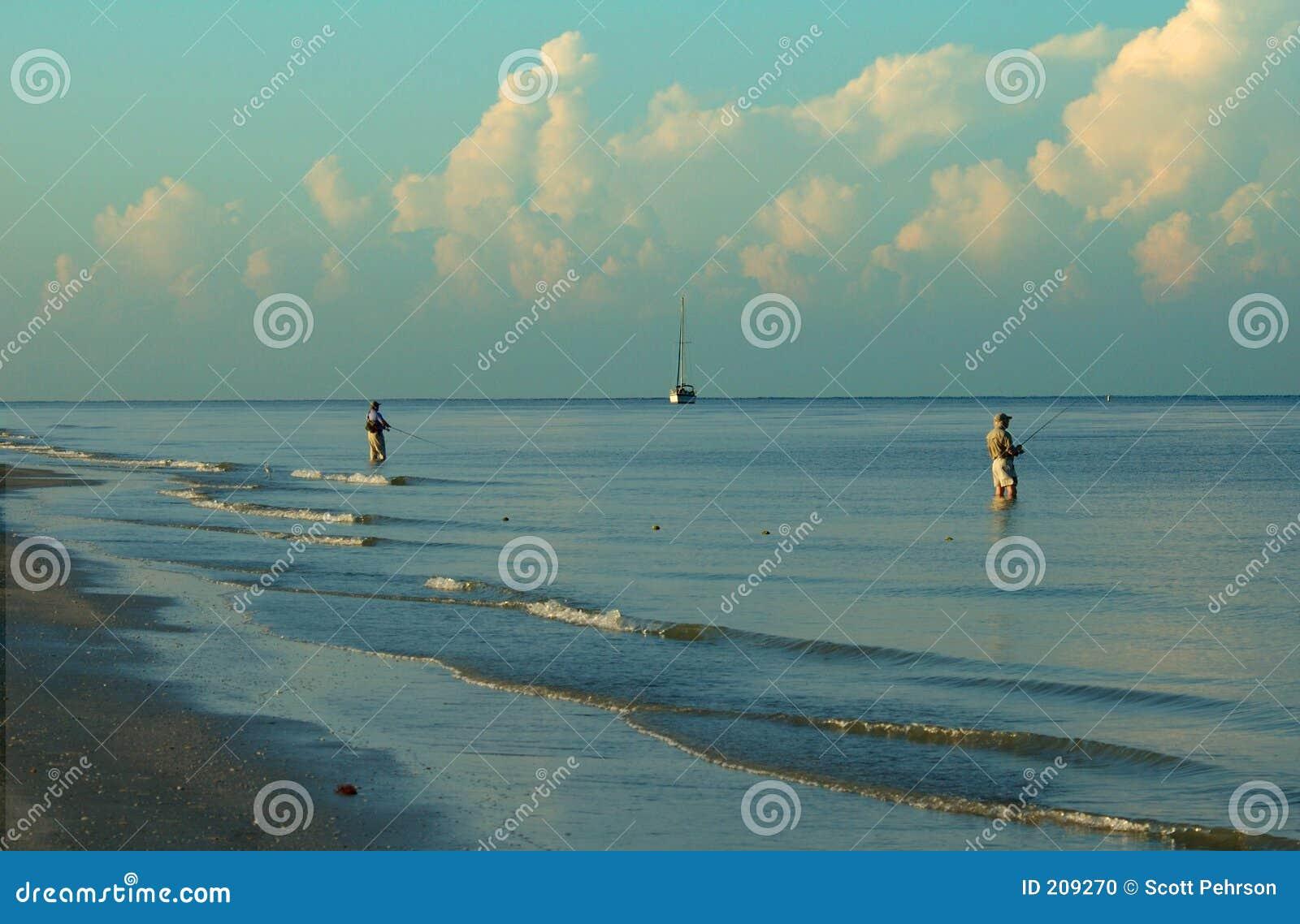 Spiaggia del Fort Myers di pesca di spuma