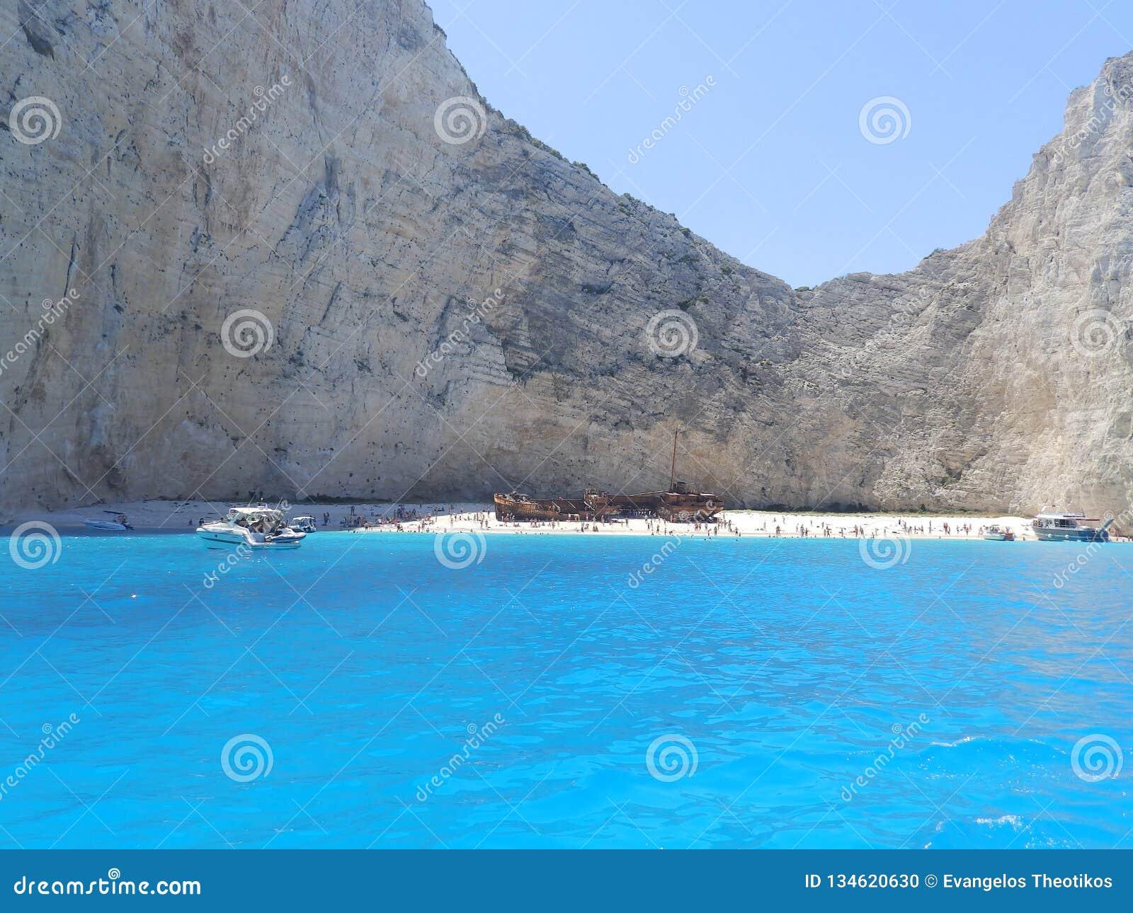 Spiaggia del naufragio all isola della Zacinto