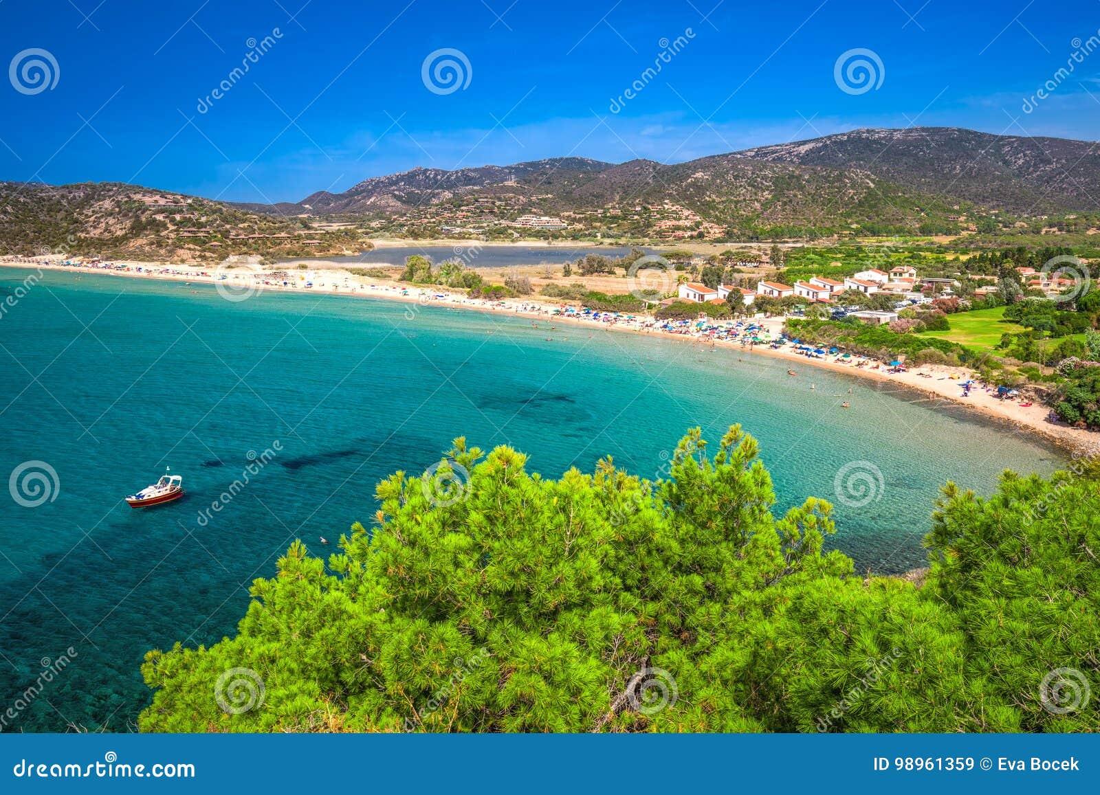 Spiaggia Del Sa Colonia, Località Di Soggiorno Di Chia, Sardegna ...