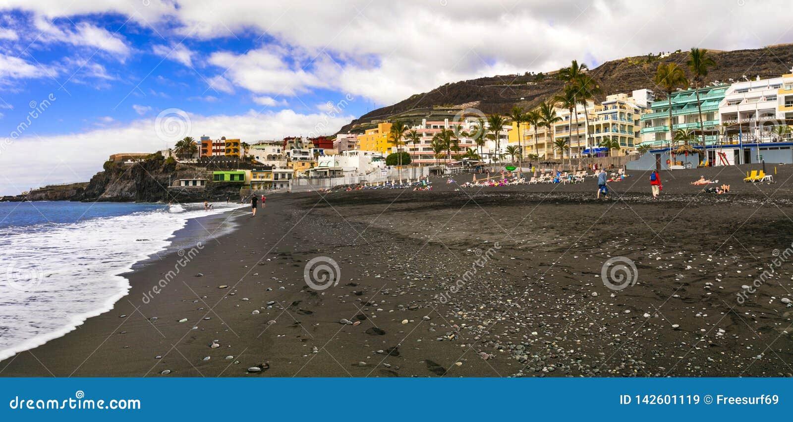 Spiaggia di sabbia nera delle NAO di Puerto più grande e bella - nell isola di Palma della La Le Isole Canarie