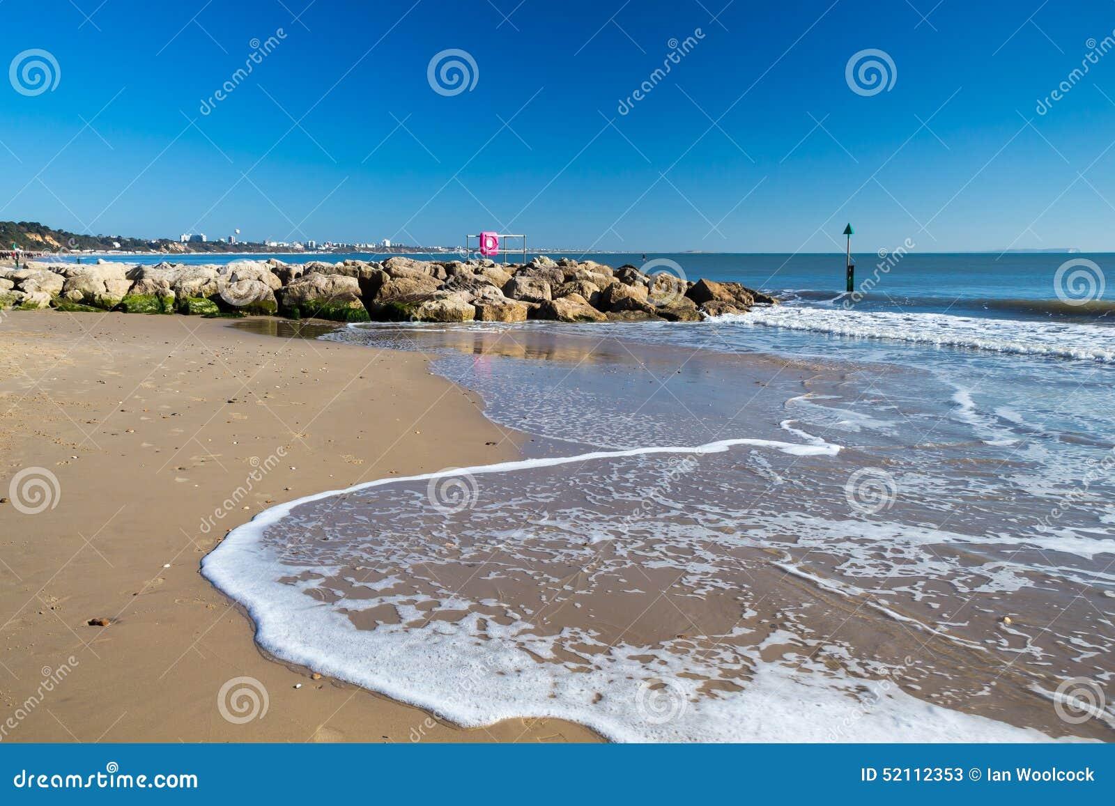 Spiaggia Dorset dei banchi di sabbia