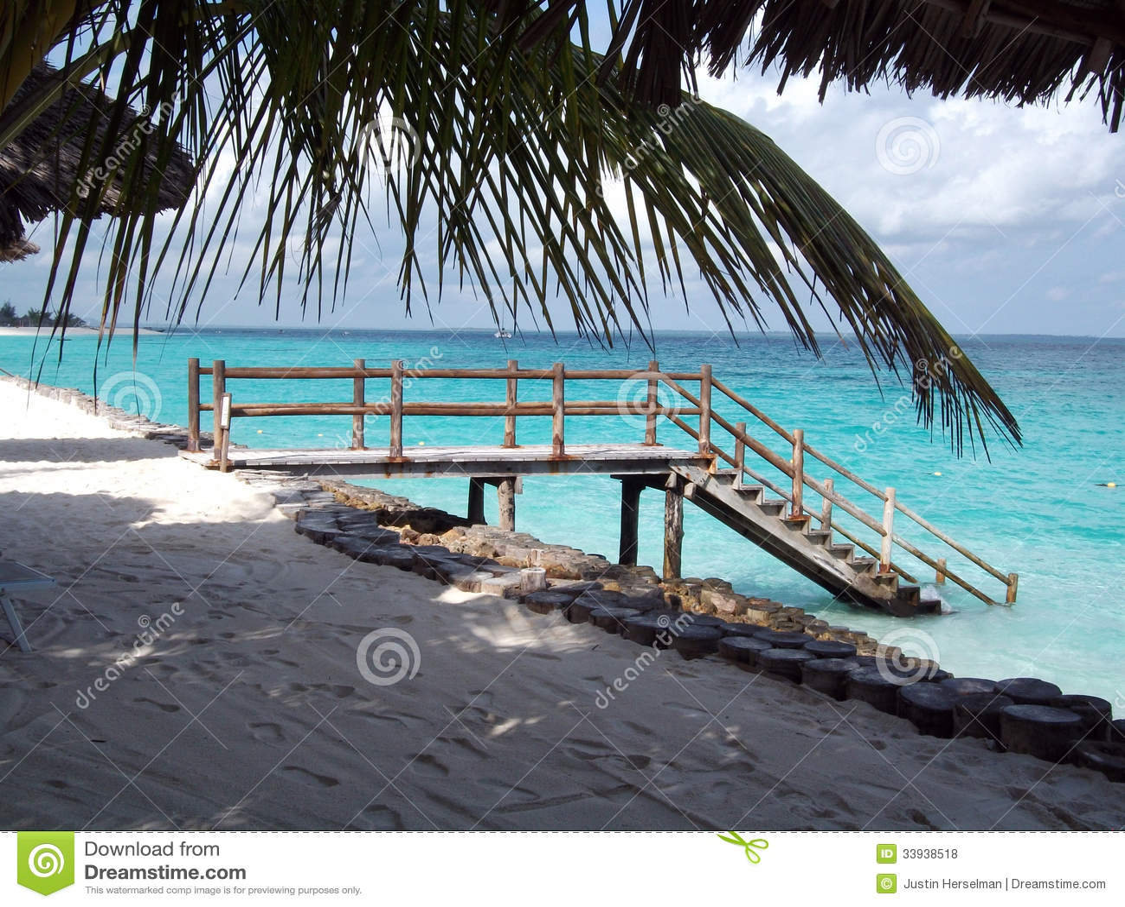 Spiaggia Nell\'isola Di Paradiso Di Zanzibar Fotografia Stock ...