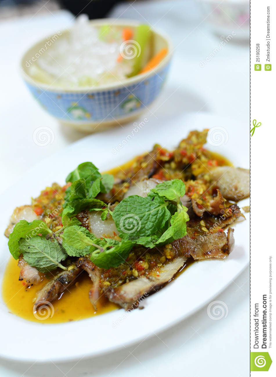 Spicy salad with pork and green herb