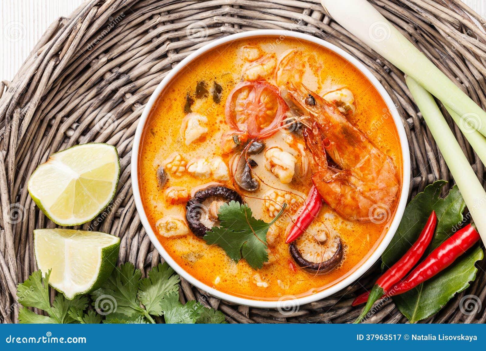 how to make thai soup tom yum soup