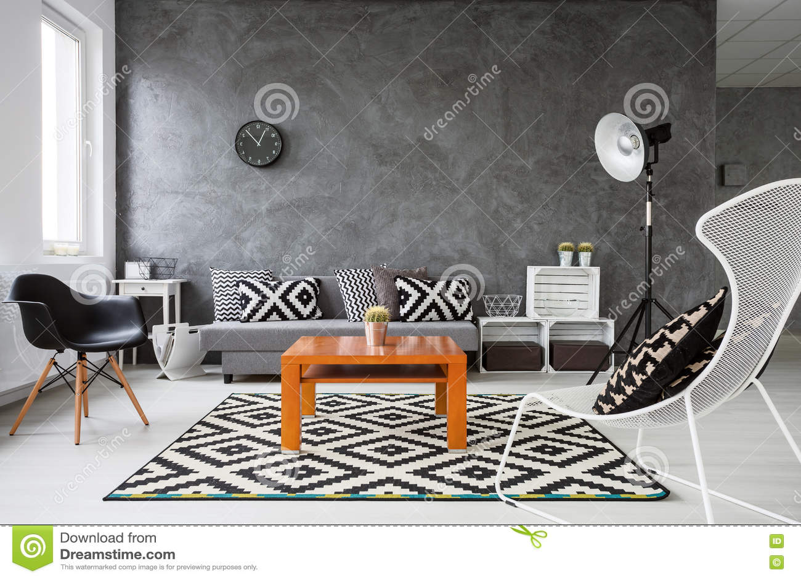 Spiel Von Farben Im Wohnzimmer Stockfoto - Bild von dekoration ...