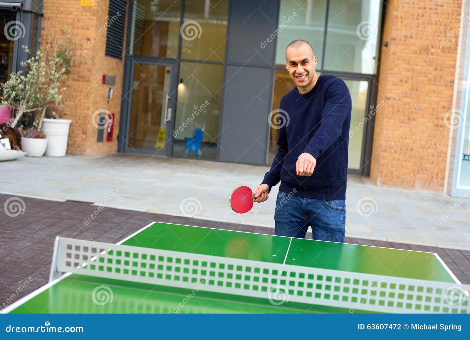 Spielen von Klingeln pong