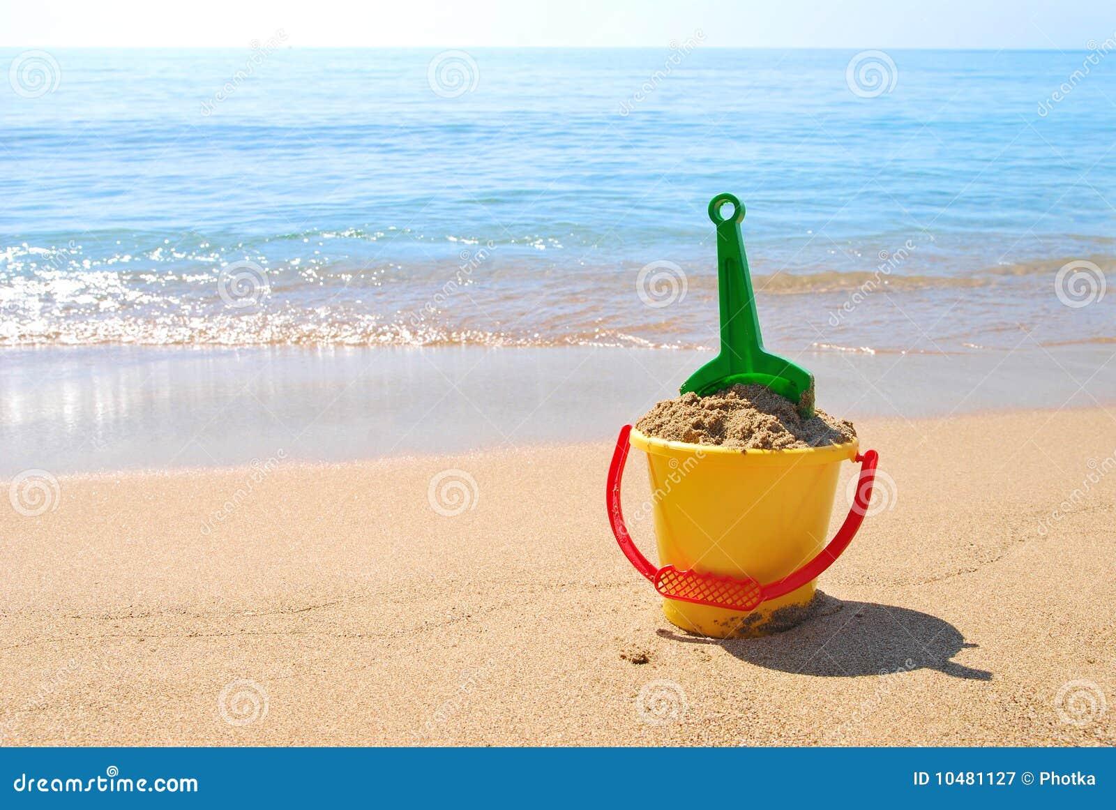 Spielwaren auf dem Strand