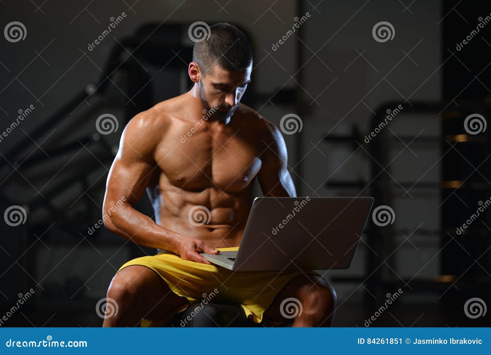 Spier Atletische Bodybuildergeschiktheid Modeluse computer